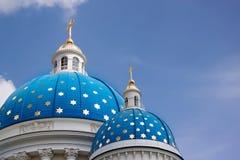 De Kathedraal van de drievuldigheid in st. Petersburg, Rusland Stock Afbeeldingen