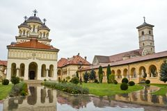 De Kathedraal van de kroning in Alba Iulia Stock Foto's