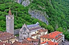 De kathedraal van Gemona del Friuli Stock Afbeelding