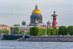 De Kathedraal van heilige Isaac, St. Petersburg, Rusland royalty-vrije stock fotografie