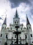 De kathedraal van heilige louis, historisch en toeristische attractie van New Orleans Louisiane, Verenigde Staten royalty-vrije stock foto