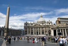 De kathedraal van heilige Peter - Vatikaan - Rome - Italië Stock Fotografie