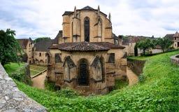 De Kathedraal van heilige Sacerdos van Sarlat in Zwarte Perigord in Fran stock foto