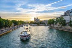 De kathedraal van het Notre Dame de Paris Stock Afbeelding