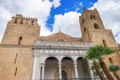 De Kathedraal van Monreale, Norman architectuur, Sicilië, Italië stock afbeeldingen