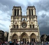 De Kathedraal van Notre Dame in Parijs stock afbeelding