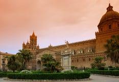 De kathedraal van Palermo Stock Afbeeldingen