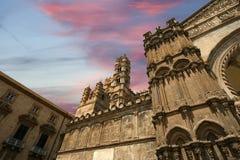 De kathedraal van PalermoSicily, zuidelijk Italië. Stock Afbeeldingen