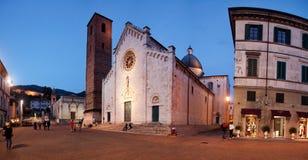 De Kathedraal van Pietrasanta Stock Afbeeldingen