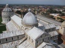 De Kathedraal van Pisa en de Doopkapel van St John Stock Afbeeldingen