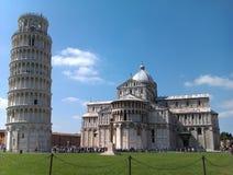 De Kathedraal van Pisa en Toren van Pisa Stock Afbeelding
