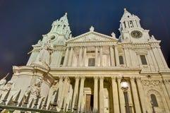 De Kathedraal van Saint Paul in Londen, Engeland Stock Foto's