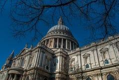 De Kathedraal van Saint Paul ` s in Londen royalty-vrije stock afbeelding