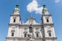 De kathedraal van Salzburg (Dom Salzburger) in Salzburg, Oostenrijk Royalty-vrije Stock Foto's