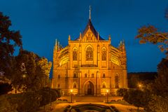 De Kathedraal van St Barbara bij nacht, Kutna Hora royalty-vrije stock afbeelding