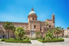 De Kathedraal & x28 van Palermo; Metropolitaanse Kathedraal van de Veronderstelling van Maagdelijke Mary& x29; in Palermo, Sicili Stock Afbeelding