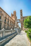 De Kathedraal & x28 van Palermo; Metropolitaanse Kathedraal van de Veronderstelling van Maagdelijke Mary& x29; in Palermo, Sicili Royalty-vrije Stock Foto's