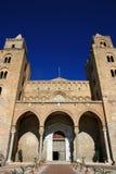 De kathedraalarchitectuur van Cefalu; Sicilië Stock Foto's