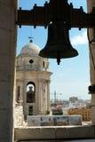 De Kathedraalklokketoren van Cadiz stock foto