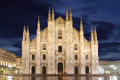 De kathedraalkoepel van Milaan stock fotografie