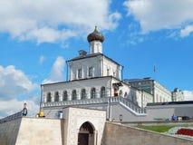 De Kazan het Kremlin Huiskerk op het grondgebied van Kazan het Kremlin in de republiek Tatarstan in Rusland Stock Afbeeldingen