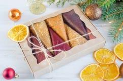 de kegels van fruitpastila in een giftdoos royalty-vrije stock foto's