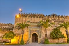 De keizer deur van de Stad in Meknes, Marokko stock foto