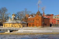 De keizerclub van het de Rivierjacht van Moskou stock afbeeldingen