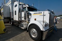 De Kenworth de kilowatt camion semi Photos libres de droits