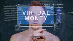 De kerel werkt HUD-hologram Virtueel geld op elkaar in stock video