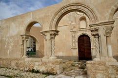 De kerk San Giovanni in Siracusa, Italië royalty-vrije stock foto's