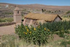 De kerk van Altiplano dichtbij San Pedro Stock Foto's