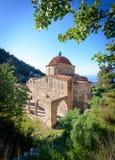 De kerk van de Panayiaton katharon in de kyreniabergen, noordelijk Cyprus Stock Foto