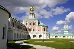 De Kerk van de Geboorte van Christus Rusland versterkte de toren van de muurwacht van nieuw Jeruzalem royalty-vrije stock foto's