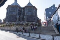 De kerk van heilige Catherine in oude stad Honfleur De grootste hout-gebouwde kerk van Frankrijk Normandië, Frankrijk stock afbeeldingen