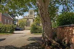 De Kerk van het dorp Stock Afbeeldingen