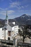 De kerk van het kasteel in Salzburg Stock Afbeeldingen