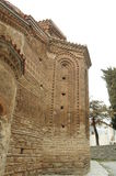 De kerk van Moeder Bogorodica Perivlepta overheerst oude Ohrid stock foto