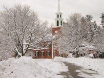 De kerk van New England in de winter Stock Foto's