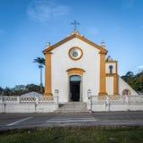 De Kerk van Nossasenhora das Necessidades in Santo Antonio de Lisboa - Florianopolis, Santa Catarina, Brazilië royalty-vrije stock afbeeldingen