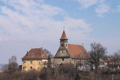 De Kerk van oude Brasov stock afbeeldingen