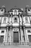 De kerk van Palermo - van Heilige Dominic en barokke kolom Stock Afbeelding