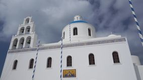 De Kerk van Panagia in Oia, Santorini stock footage