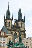 De kerk van Praag stock afbeeldingen