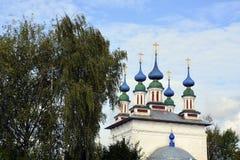 De Kerk van Rusland, van witte steen, Orthodox Christendom, Stock Afbeelding