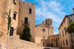 De kerk van San Martin in Altafulla, Tarragona, Spanje Stock Foto