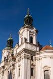 De Kerk van Sinterklaas in Praag Stock Afbeelding