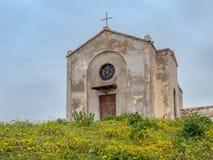 De Kerk van St Barbara in Argentiera stock foto