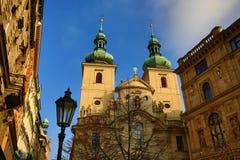 De Kerk van St Havel werd gevestigd als parochiekerk samen met de zogenaamde 'Havel'sstad, Tsjechische Republiek stock afbeelding