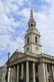 De kerk van St Martin& x27; s op de Gebieden Londen Stock Afbeelding
